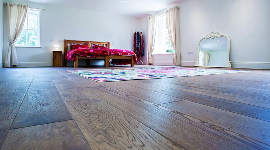 LoProMax in bedroom