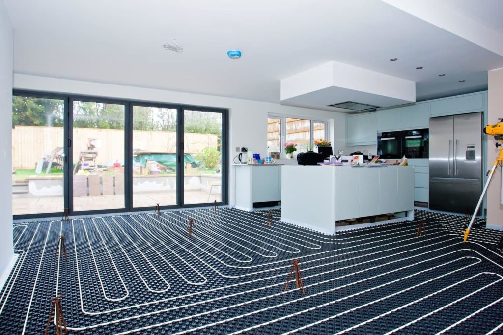 Kitchen with underfloor heating tube
