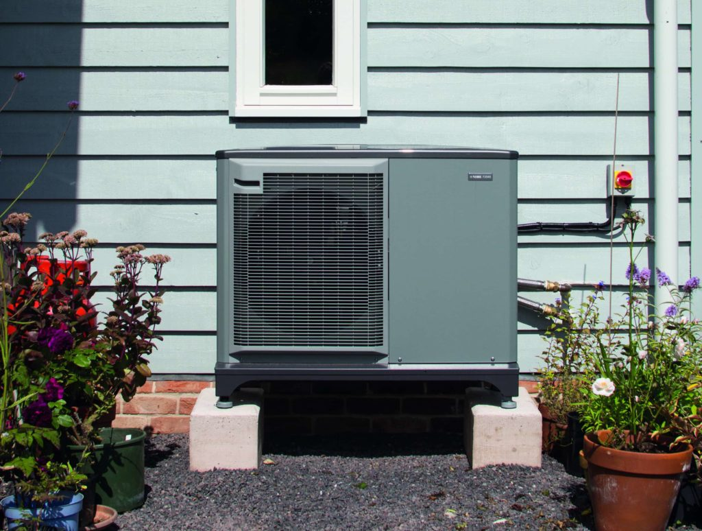 Underfloor heating heat pump