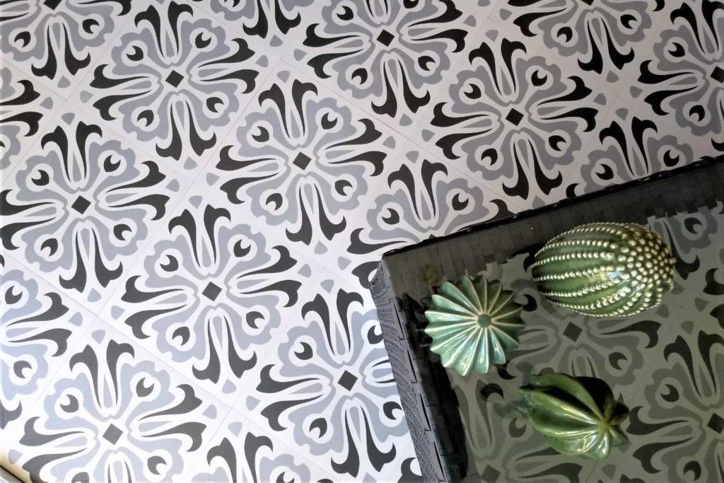 Benefits of tiling over underfloor heating