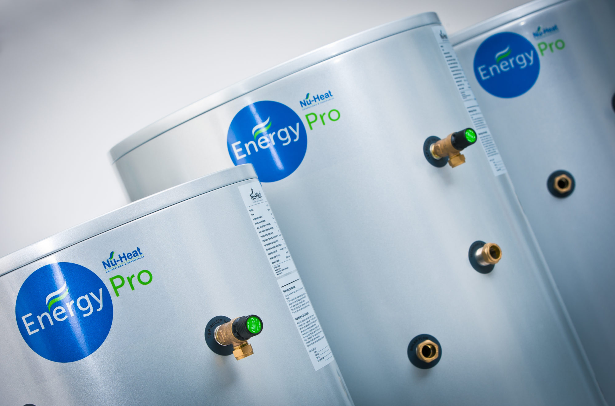 Unvented hot water cylinders for traditional & renewable systems